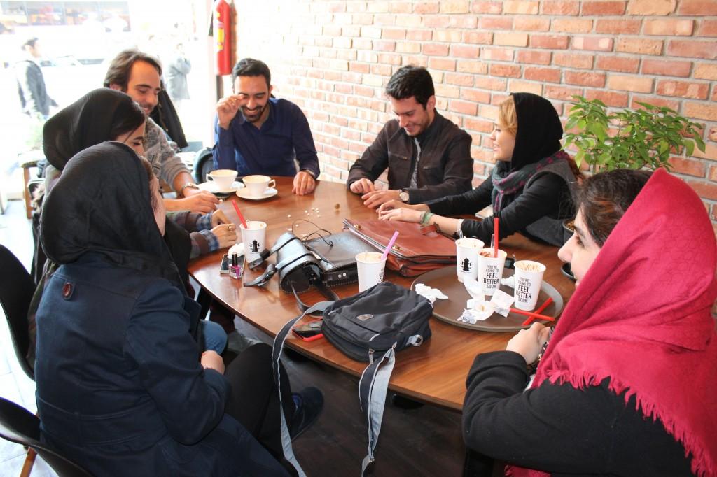 Jeunes étudiants à Teheran